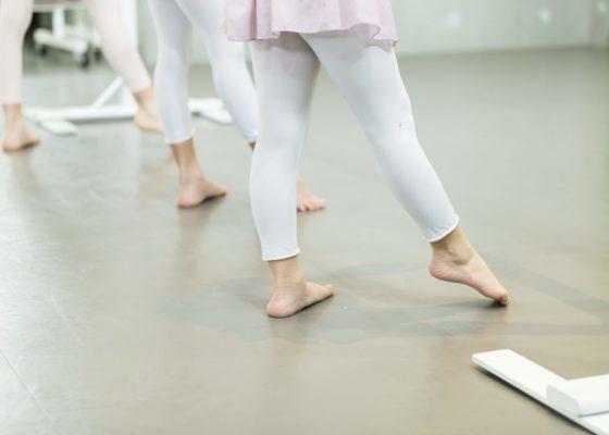 クラシックバレエ初級〈ジュニア〉の風景
